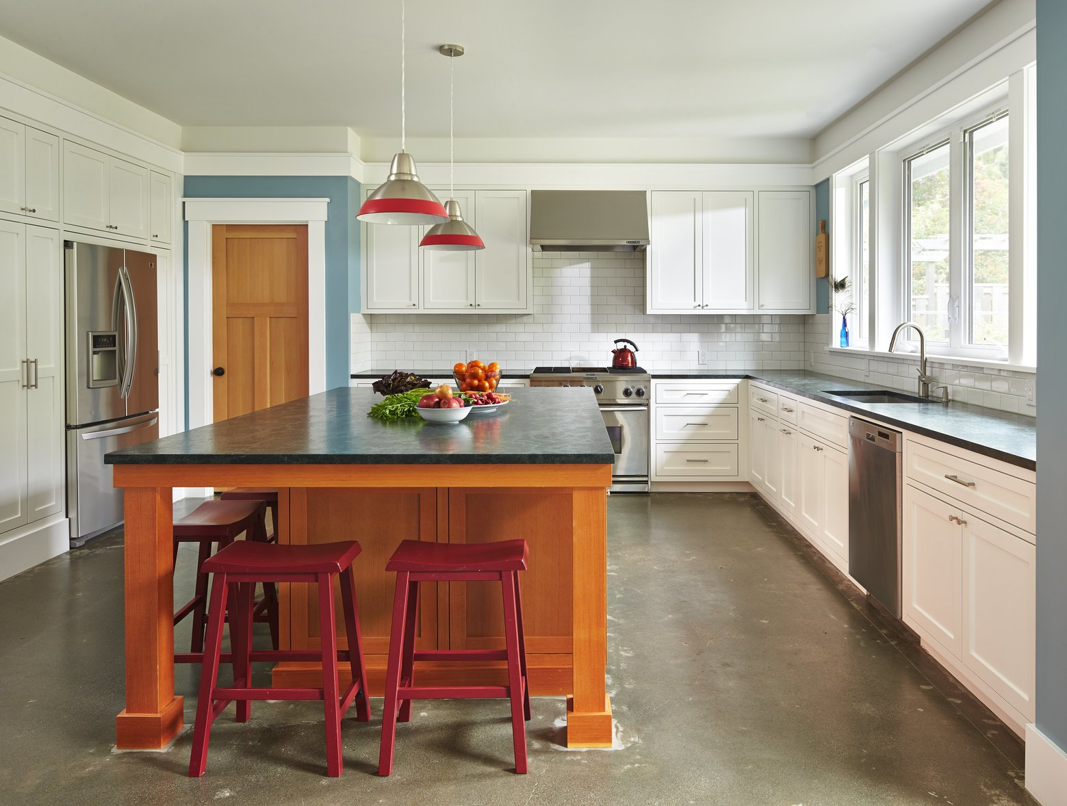 Kitchen Island 3 Feet By 5 Feet plain kitchen island 5 feet a large granitetopped with throughout